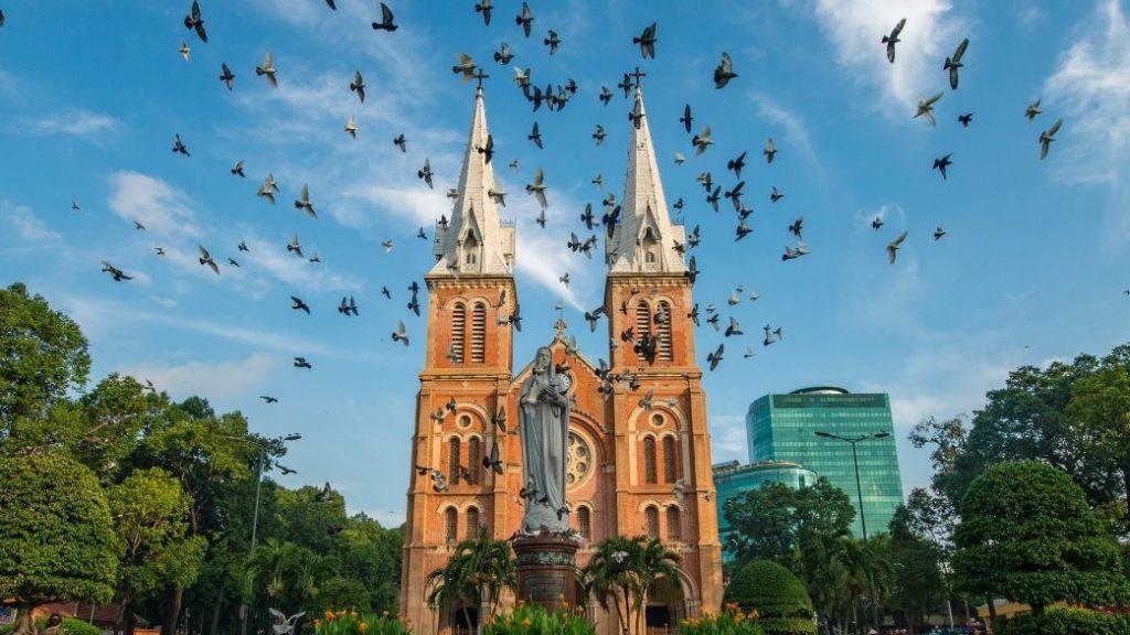 【えいごで読む物語】Welcome to the Neighborhood : Ho Chi Minh City(英文)のアイキャッチ